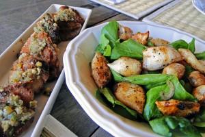 Mollejas perfeitas e macias e a incrível salada de lula grelhada no carvão
