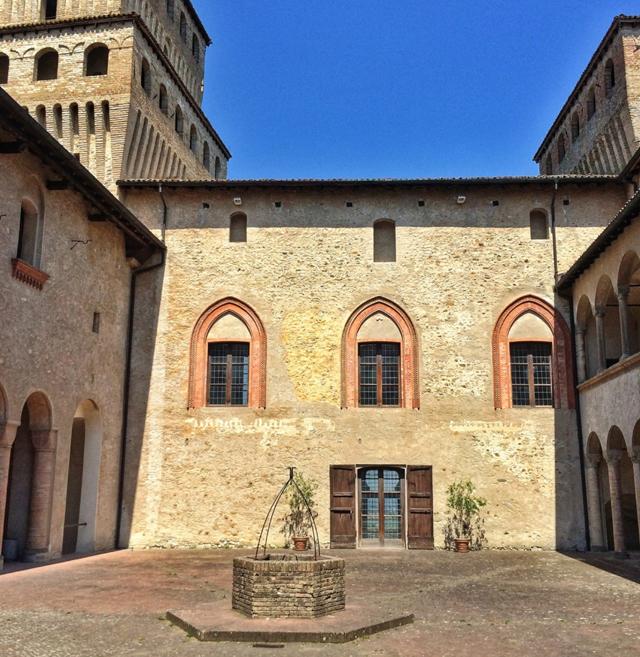 Detalhe do estonteante Castello di Torrechiara