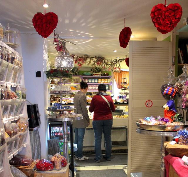 Sama- Sama: pequena e com mais de 100 variedades de doces artesanais