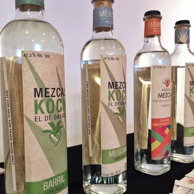 Mezcal da região de Oaxaca, agora vendido no Brasil
