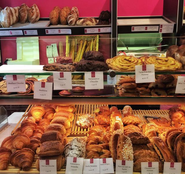Balcão de uma das lojas Arnaud Delmontel, eleito em 2007 a melhor baguete de Paris