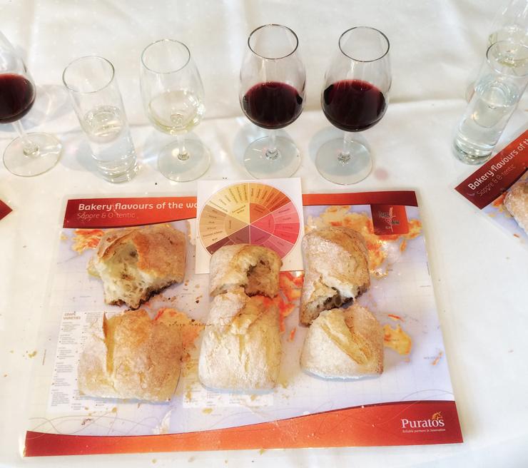 Aula de harmonização de pães - com base na acidez e aroma da massa- e vinhos