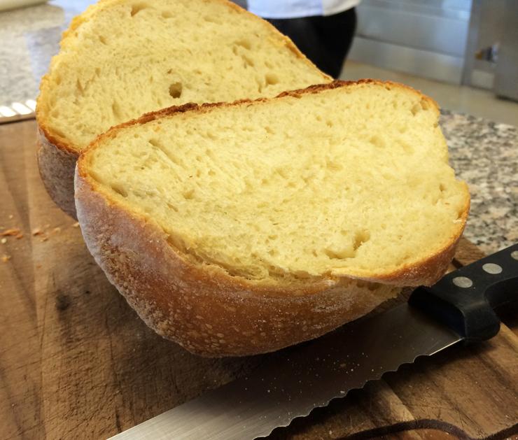 Pão de Altamura: uma jóia gastronômica italiana feita com fermentação natural