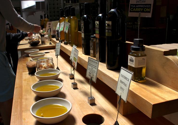 Stonehouse Olive Oil: dezenas de rótulos de azeites de diversas partes do mundo para provar e levar