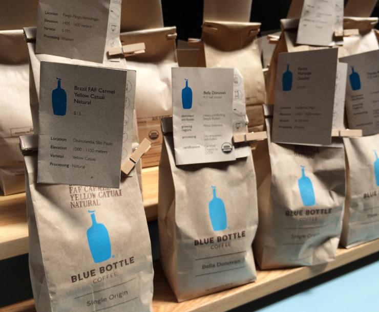 Blue Bottle: cafés selecionados, de diversos países, belamente torrados e com super trabalho de extração na hora da compra
