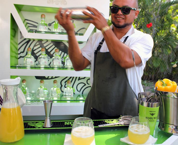 Na Festa de encerramento do 22 Festival Internacional Gourmet da Riviera Nayarit tomei um dos drinques mais gostosos ever. E levava pimentão amarelo