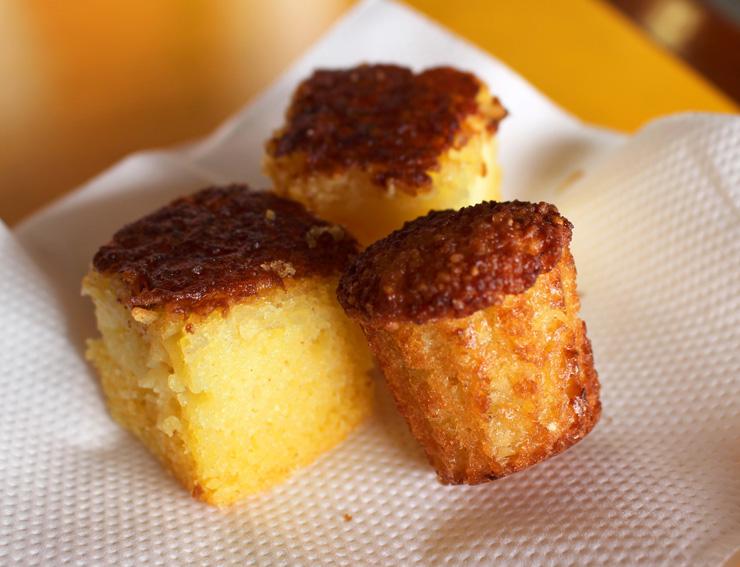 Bolinhos de mandioca e fubá: para café da manhã ou sobremesa no almoço