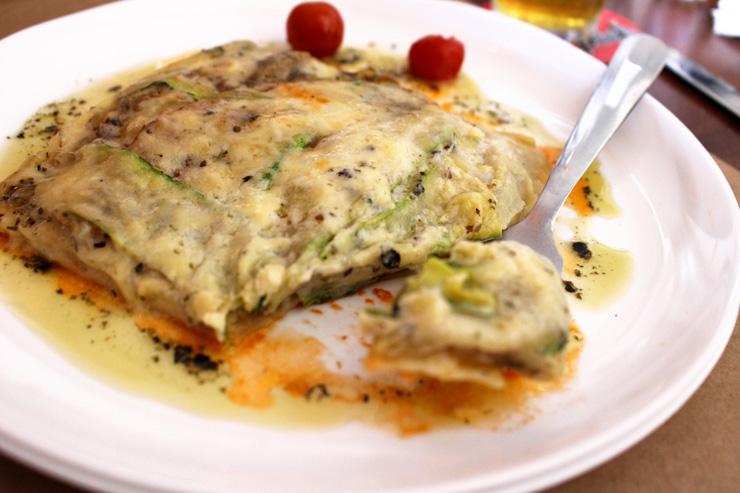 Vegetarianos tem boas opções na Choperia São Paulo, caso da lasanha de berinjela e abobrinha com mussarela de búfala (R$ 26)