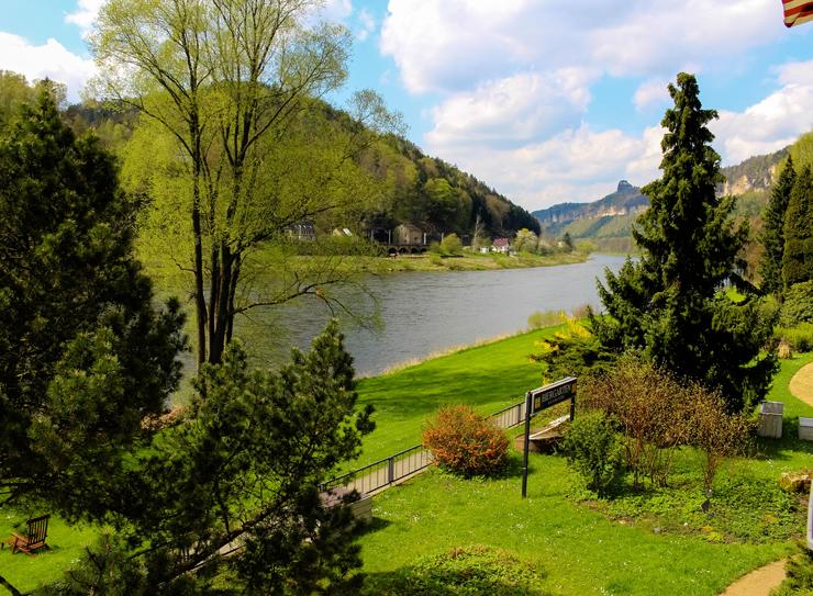 Nada ruim a vista do hotel Helvetia, em Schmilka: o Elba em toda sua suntuosidade