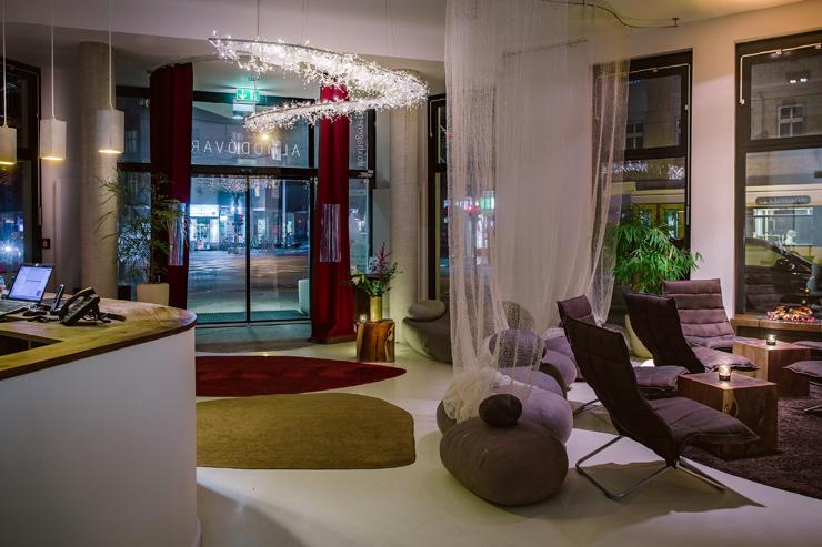 Lobby do Almodóvar Hotel, em Berlim