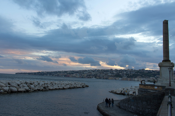 Nápoles ao por do sol