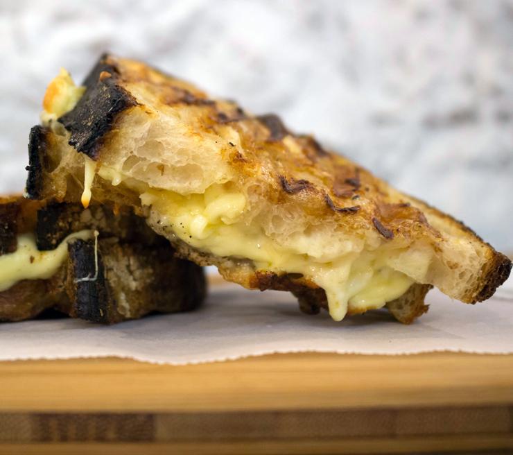 O indecentemente delicioso queijo quente da The Slow Bakery, no Rio