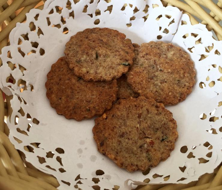 Biscoitos pra comer entre as refeições, porque a chave para manter o metabolismo sempre funcionando é mesmo comer de 3 em 3 horas: fáceis de fazer e tem receita aqui
