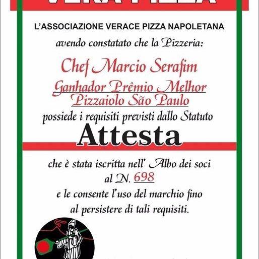 Certificado da AVPN falsificado pelo pizzaiolo Marcio Serafim e exposto na pizzaria Pizzatto, em Santana.