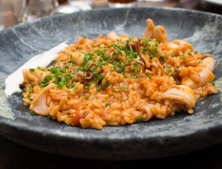 Arroz de lula do Teus: feito no forno com arroz bomba espanhol