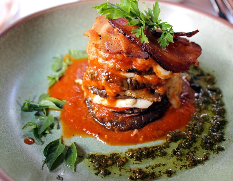 A entrada mais pedida do Des Cucina: berinjela parmegiana
